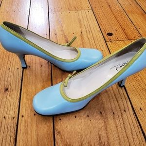 PREVIEW INTERNATIONAL Vintage Heels Size 8.5M